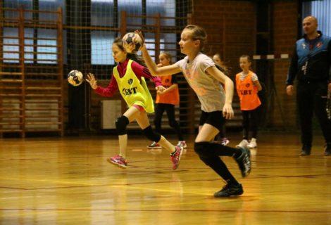 Mlade rukometne nade brusile vještine na novom treningu