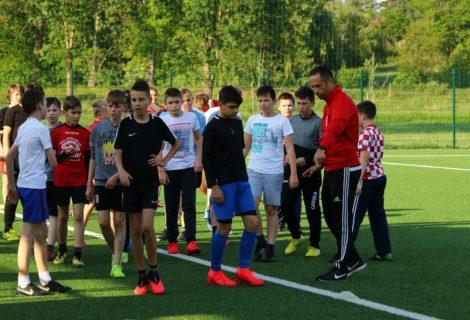 Mladi nogometaši đurđevačkog Graničara u velikom broju stigli na trening nakon koronapauze